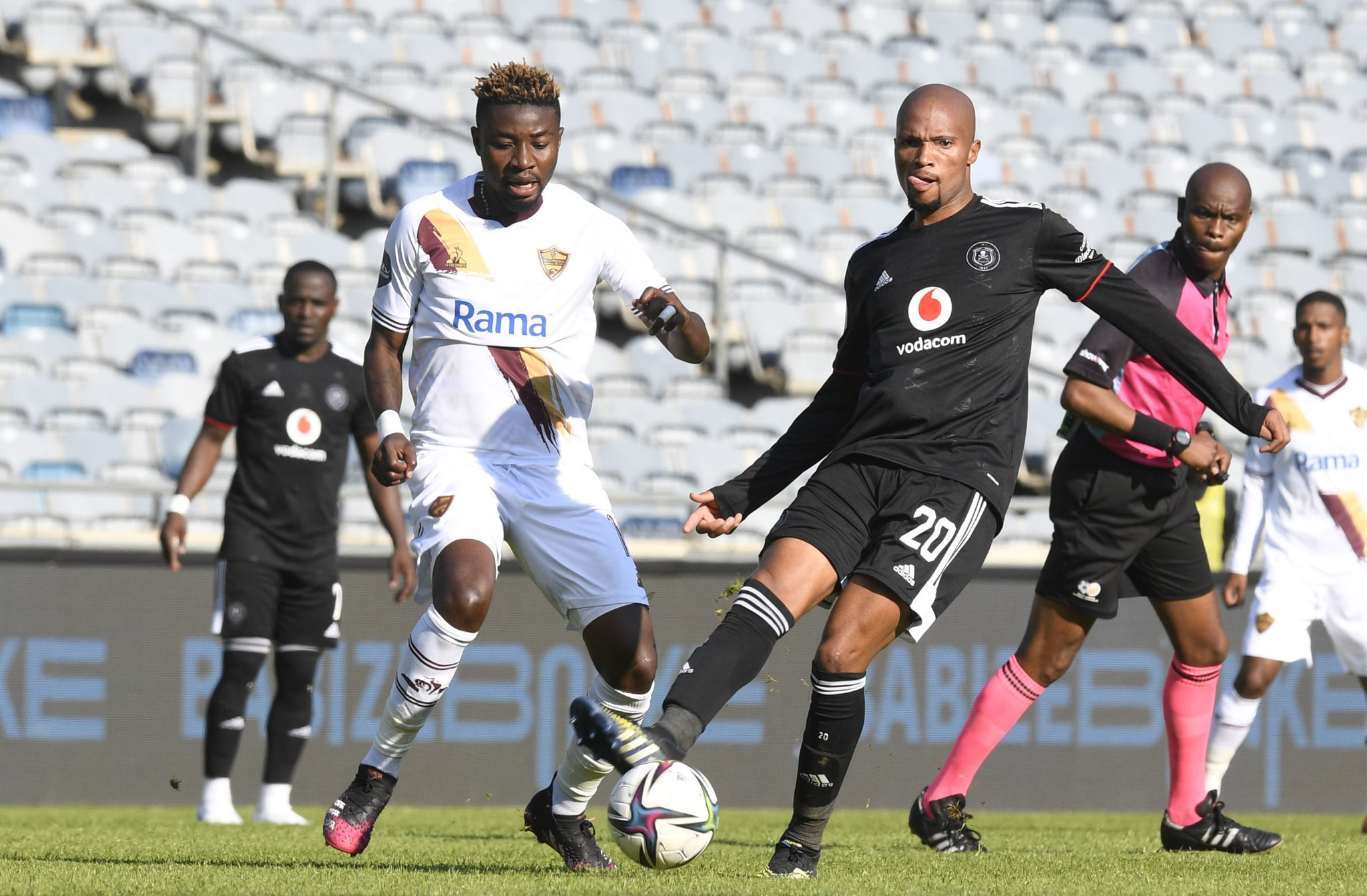 10-MAN PIRATES OPEN WITH 2-2 DRAW